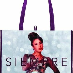 HEB Limited Edition Selena Tote Bags (5)